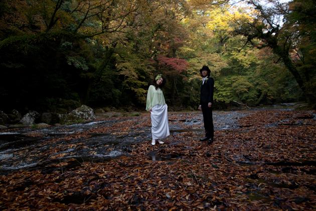 熊本 結婚式の記念写真 阿蘇菊池渓谷 ロケーション前撮り 写真の新婚旅行