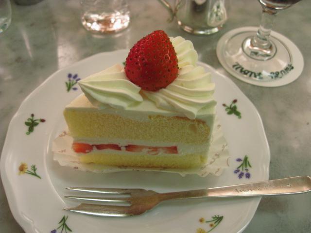 大好物のショートケーキ