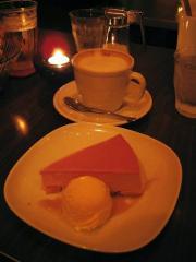 カフェラテ&KOMAICHI ケーキ