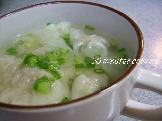 簡単手作りワンタンスープ