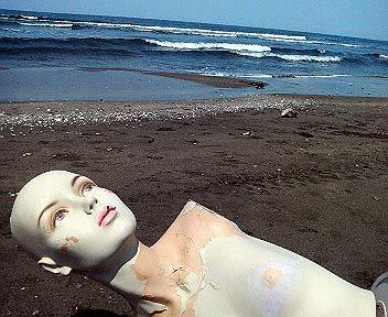 海のマネキン3