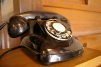 たてもの園_ 黒電話