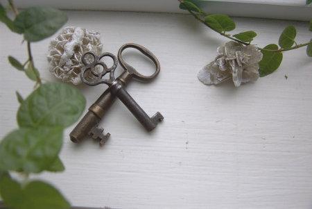 brass-key1.jpg