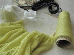 編みかけニット