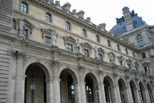 ルーブル美術館・建物