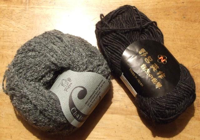 素材は野老英作 べビ-アルパカ&パピー毛糸 シャループ