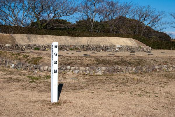横須賀城 天守台跡