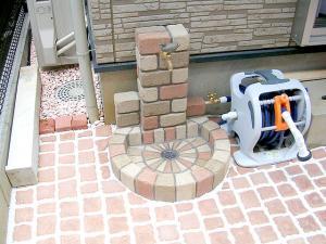 立水栓周り 日本興業 立水栓ユニット サークルタイプ[PAサークルパン][地中配管仕様][補助蛇口仕様] OPB-RS-1WT-PA