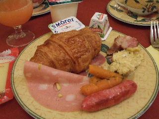 200924-01パリホテル朝食