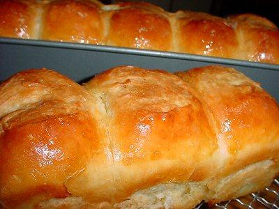 Hetel Bread