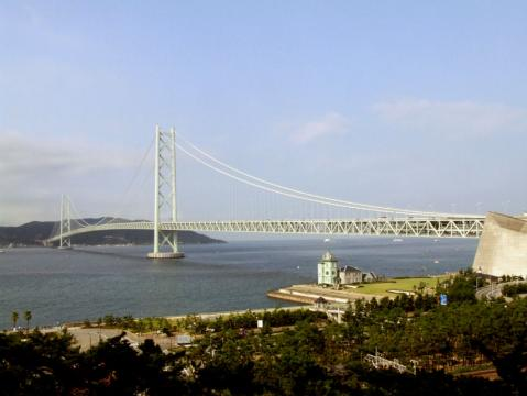 シーサイドホテル・舞子ビラ神戸の部屋から見た明石海峡大橋