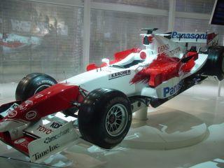 Toyota04.jpg