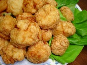 鶏豆腐団子の唐揚げ