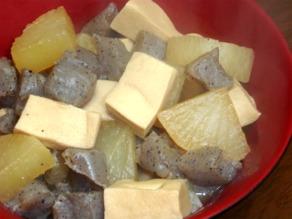大根と高野豆腐の煮物