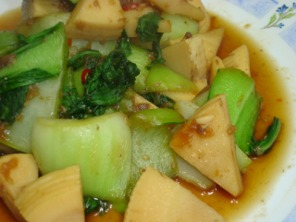 青梗菜と筍の焼き肉ソース炒め