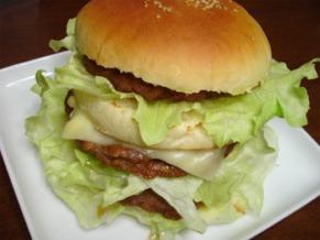 ハンバーガー(メガ照り焼き)
