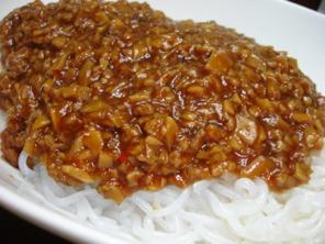 糸こん炸醤麺