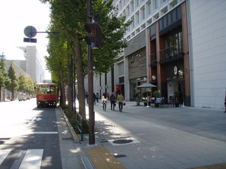 blog_トロリーバスバス停161109