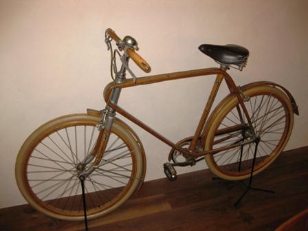 blog_木の自転車281109