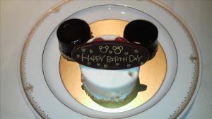 ミッキー型、誕生日ケーキ