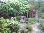 浴場前の庭