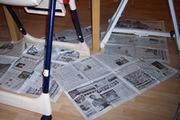 床には新聞紙