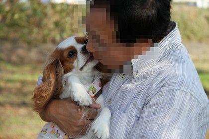 マイロパパさん、かみんちゃんを抱っこして嬉しそう♪♪