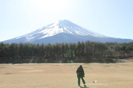 富士山の見える原っぱで。。。