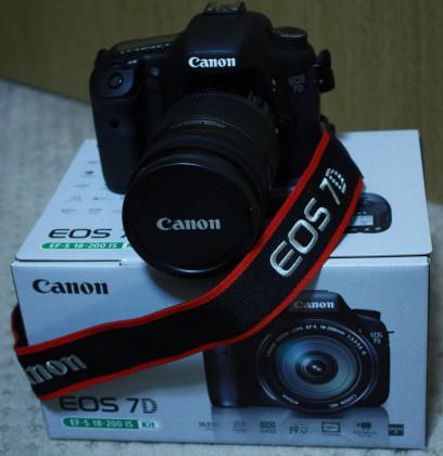 Canon EOS 7Dです!!