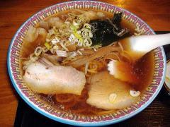 東京亭・わんたん麺