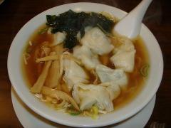 中華美食館・ワンタンメン