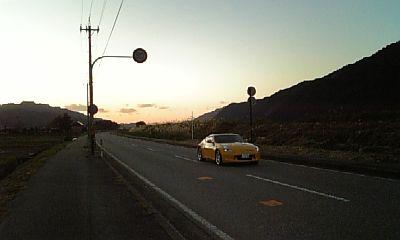 憧れの黄色いスポーツカー