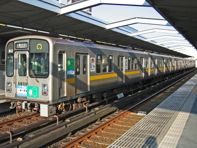 名古屋市営地下鉄東山線5000形 本郷にて