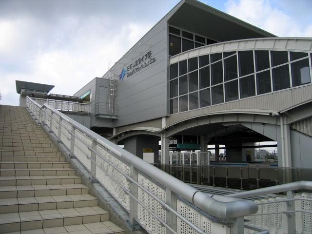 ささじまライブ駅の駅舎
