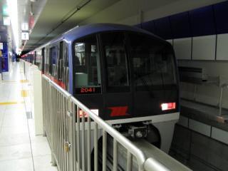 20050130_tokyo-monorail_2000.jpg