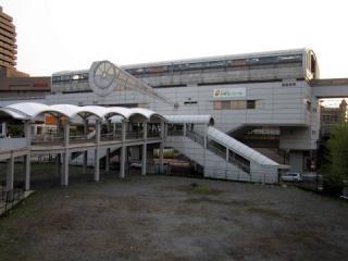 20050430_tama-monorail_tamacenter-01.jpg