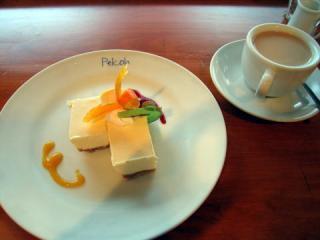 20050703_rera-cheesecake-set.jpg