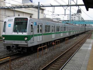 20050710_tokyo-metro-6000-01.jpg