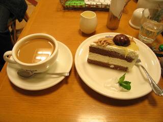 20060319_cake_coffee.jpg