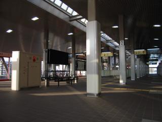 20060409_yurikamome_toyosu-03.jpg