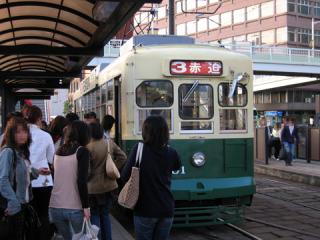 20060503_nagasaki_tram_200-01.jpg