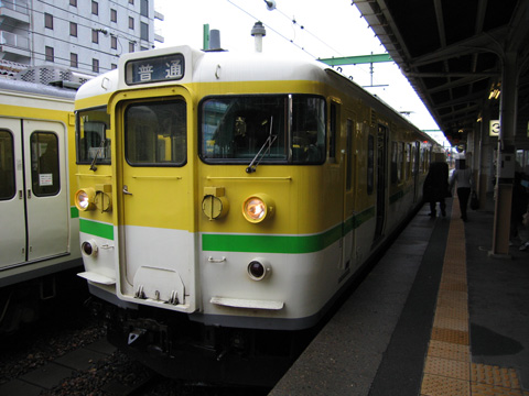20070325_jreast_ec_115_500_yahiko-01.jpg