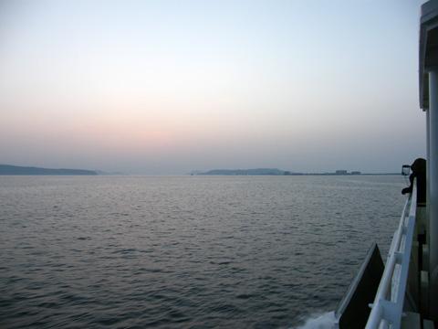 20080503_fukuoka_city_ferry-07.jpg