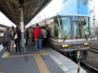 20041022_jr-kyoto_takatsuki_sta-01.jpg