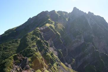 利尻岳登山 切り立つ西壁
