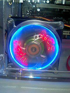 PCBOX内の温度を美しく華麗に測ってくれる優れもの♪