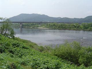 外面からの米代川