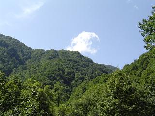 0909雲と緑