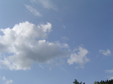 白い雲と青い空0626