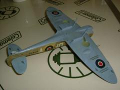 模型 003